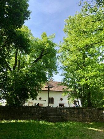 Schlosscafe: Lorettokapelle mit Schloß-Café
