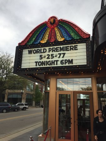 Waukegan, Ιλινόις: Marquee announcing the special event