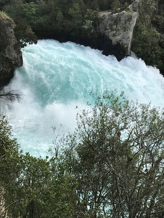 Taupo, New Zealand: falls