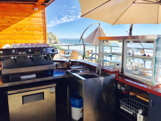 Avila Beach, CA: Exclusive to hotel guests  new roof top coffee bar ...All your favorite espresso drinks /fresh b