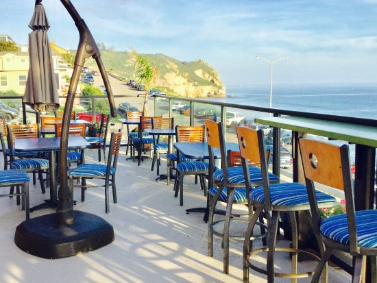 Avila Beach, CA: Amazing oceanfront  coffee house on roof we host coffee house breakfast and afternoon reception