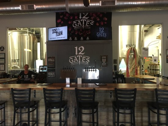 ‪12 Gates Brewing Company‬
