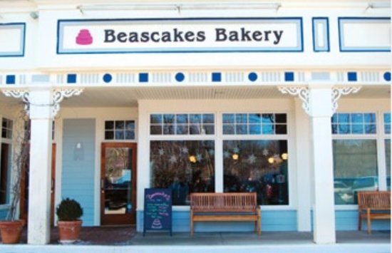 Armonk, NY: Beascakes in for sweats