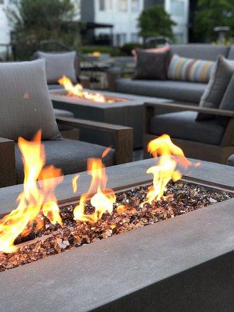 Del Mar, Californie : All new firepits