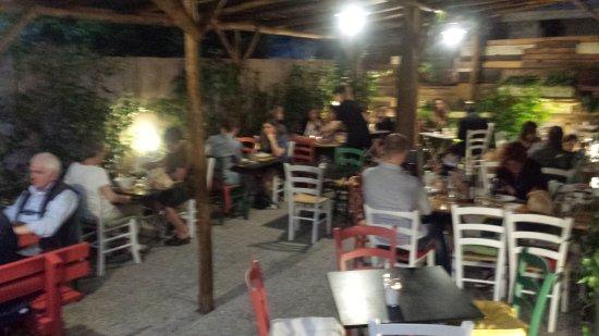Massarosa, Italia: IL PITORO - Merenderia Bisteccheria