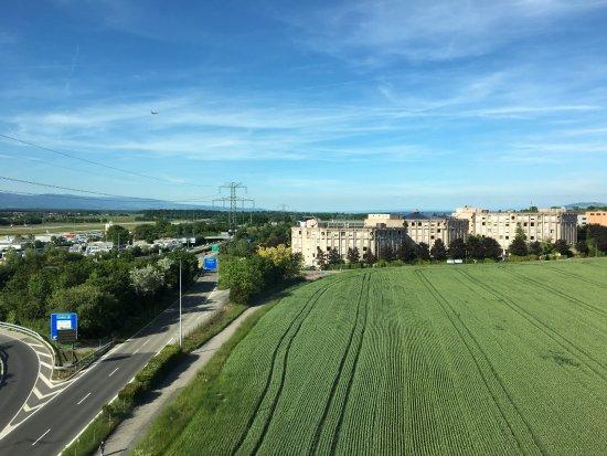 Le Grand Saconnex, Svizzera: photo4.jpg