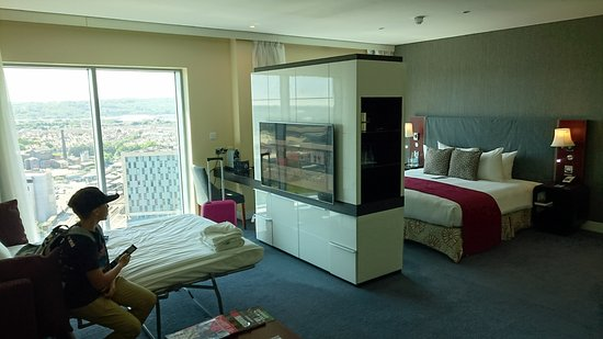 junior suite 21st floor picture of radisson blu hotel cardiff rh tripadvisor com
