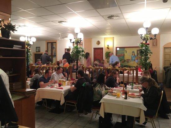 Lorrach, Germany: Locale accogliente,informale,semplice ma arredato con buon gusto