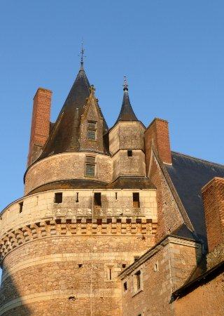 Durtal, France: Beau Château.