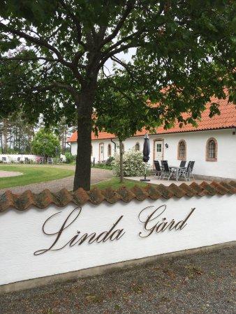 Linda Gard