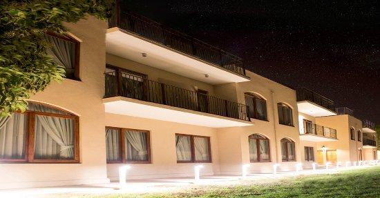 Vicuna, Chile: Frontis del hotel nocturno