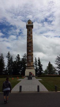 Astoria Column: Column Entrance