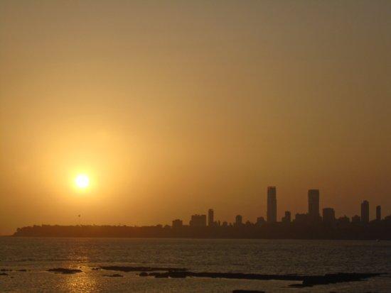 Marine Drive: Atardecer en MUMBAI