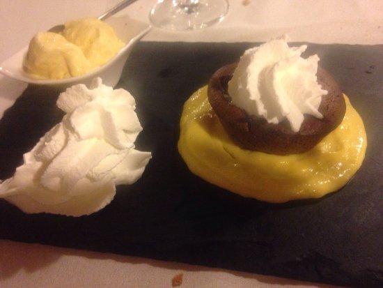 Pove del Grappa, Italia: Agnolotti -costata -tortino al cioccolato tutto superrrrrr