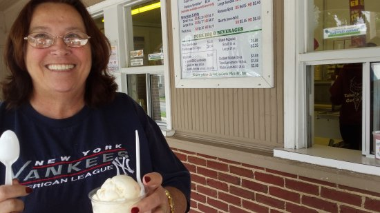 3 B Ice Cream: Came from Florida best ice-cream  around