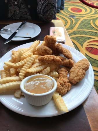 Uniondale, NY: Cedar Plank Salmon, Chicken Fingers, Bloody Mary, Menu
