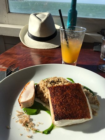 Rocka Restaurant & Beach Lounge Photo