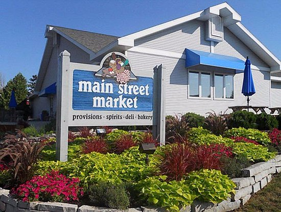 Egg Harbor, WI: Great Food & Wine At Main Street Market!!