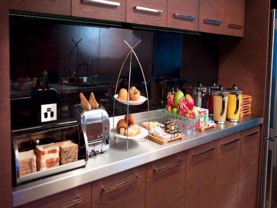 RACV City Club: Breakfast in The Retreat