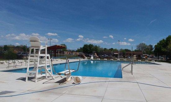 Fruita Community Center: Outside pool