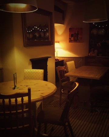 Radstock, UK: Snug Dining