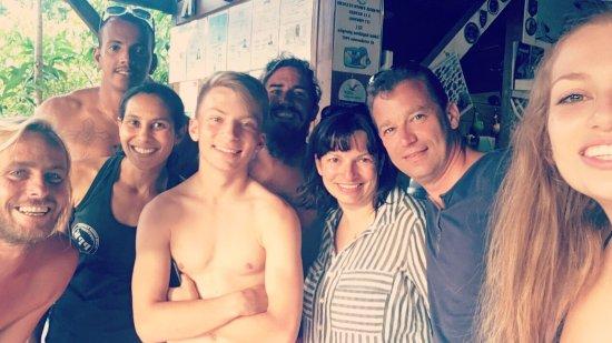 Bouillante, Guadeloupe : Petit snap avec nos moniteurs après la validation de notre niveau 1 👍👍
