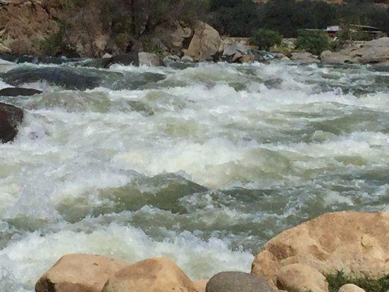 Three Rivers, CA: Kaweah River