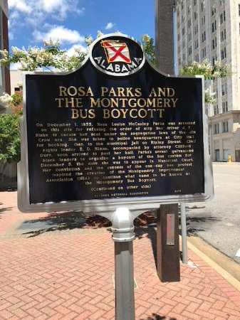 ‪‪Rosa Parks Library and Museum‬: Site outside of museum which was the actual bus incident location‬