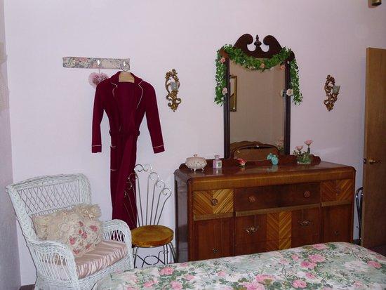 Whitehall, MT: Rose room