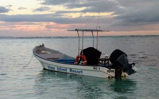 Yasawa Islands, Fiyi: Sunset at Viwa Island
