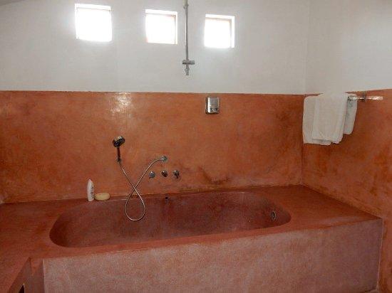Big concrete tub - Picture of Bali Hotel Pearl, Legian - TripAdvisor