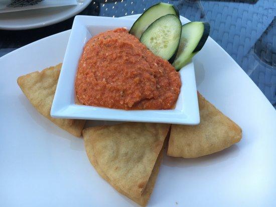 Roseville, Californië: Delicious hummus plate