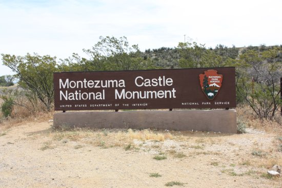 Montezuma Castle National Monument: Gateway to the castle
