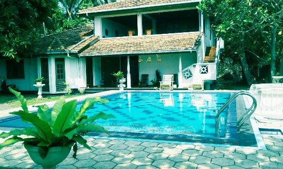 Sea Spray Terrace: Pool Area