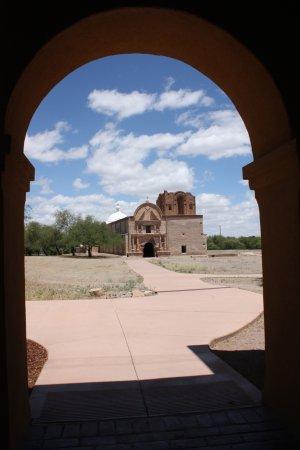 Tumacacori, AZ: view thru the arch