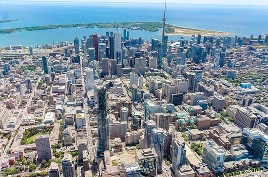 14-Minute Helicopter Tour Over Toronto