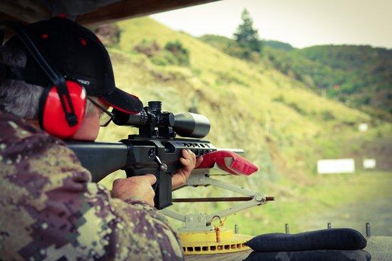 Nelson, New Zealand: long range sniper rifle