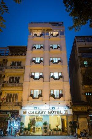 Cherry Hotel 2 Photo