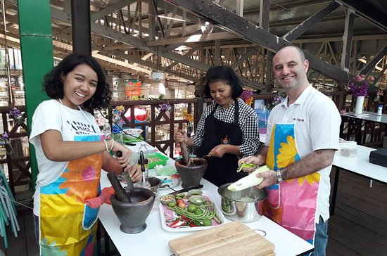 Thai Cooking Class and Market Visit...