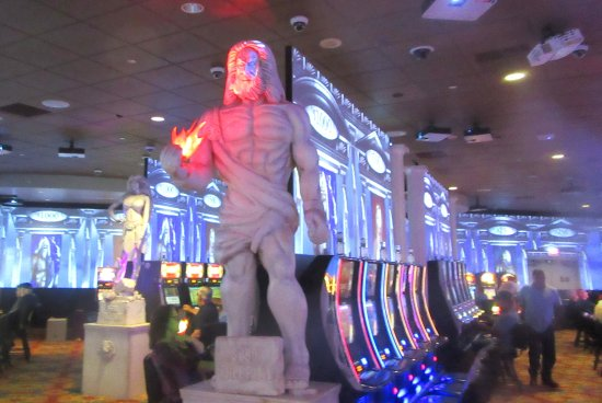Statue, Seven Feathers Casino, Canyonville, CA