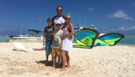 Tikehau Ninamu Resort: Our fishing buddies - Chad, Renee, Jonah & Talon