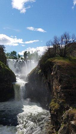 Wasco, Oregón: White River Falls State Park.