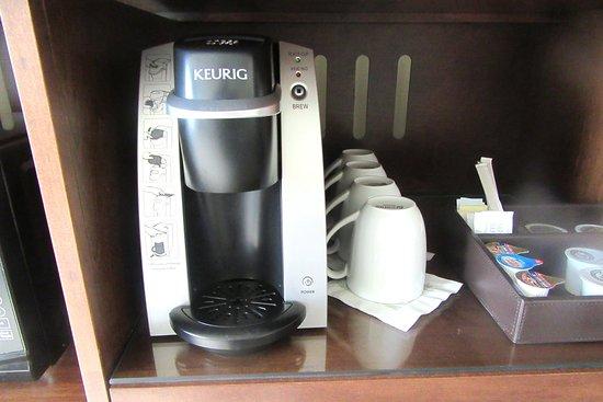 Best Western Premier Boulder Falls Inn Keurig Coffee Tea Maker Bw