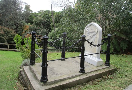 New Plymouth, Selandia Baru: interesting grave at Te Henui cemetery