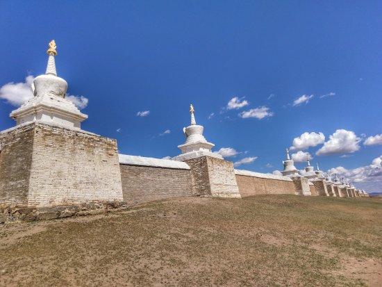 Erdene Zuu Monastery: IMAG0892-01_large.jpg