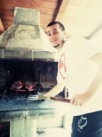 Monghidoro, Ιταλία: Francesco è un ottimo cuoco e un ottimo barman.