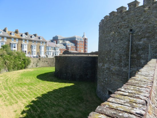 Deal Castle: The moat as seen from the drawbridge entrance