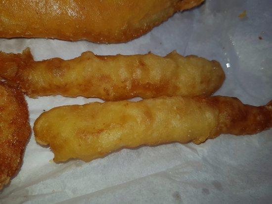 Huckers Tucker Inverell - battered prawns