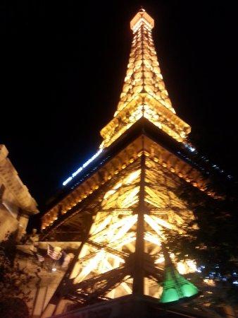 paris eiffel tower picture of paris las vegas las vegas