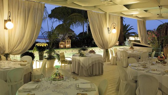One of the best - Review of Charleston, Mondello, Italy - TripAdvisor